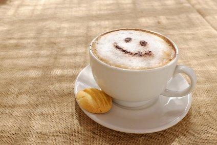 smiley face coffee foam