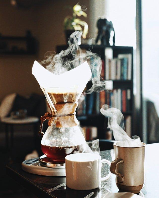 Brewing Chemex Coffee